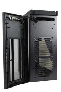 BitFenix Shinobi Black w/ Window top without panel