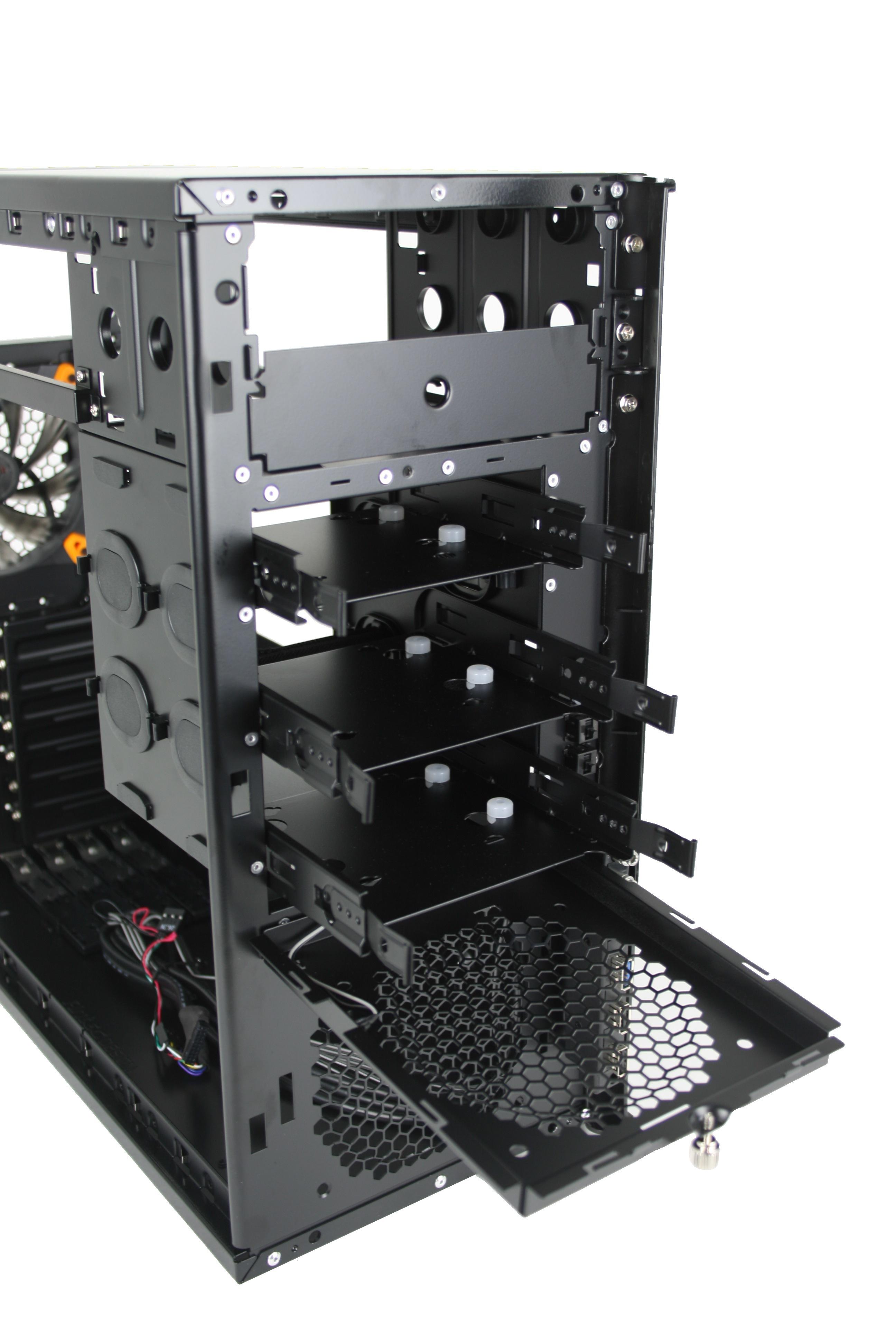 Antec Solo II hard drive mount