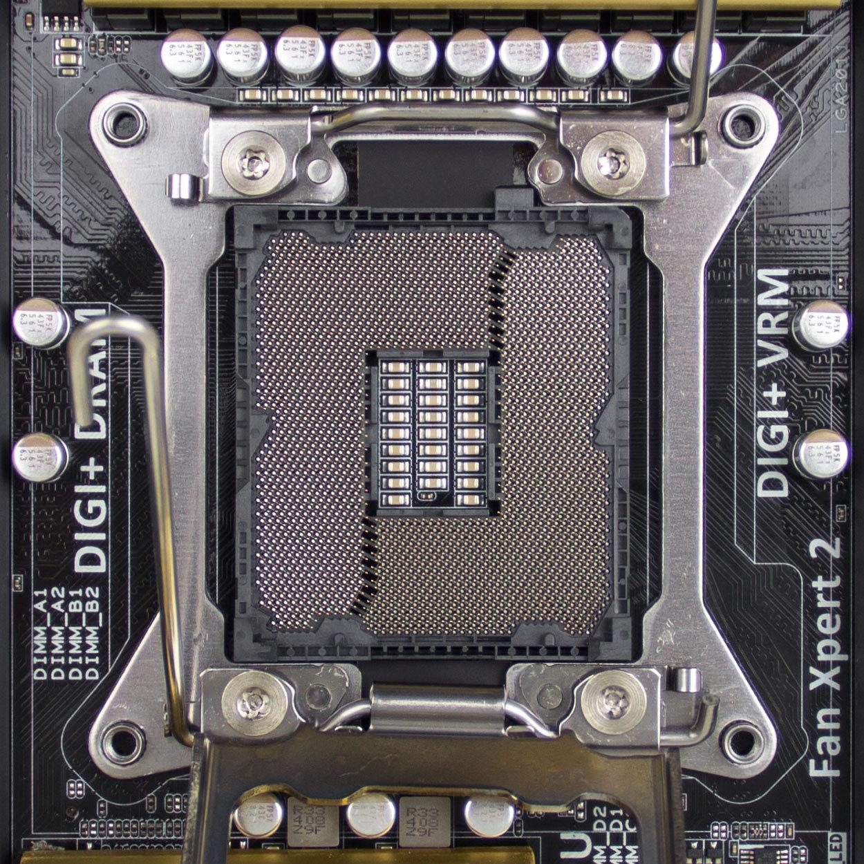 Socket LGA 2011